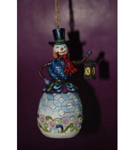 Bonhomme de neige avec une lanterne