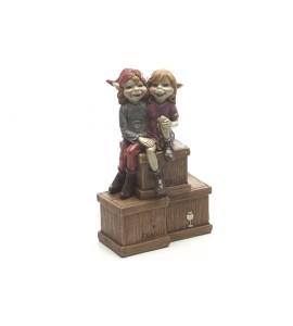Couple de Pixies sur une Caisse
